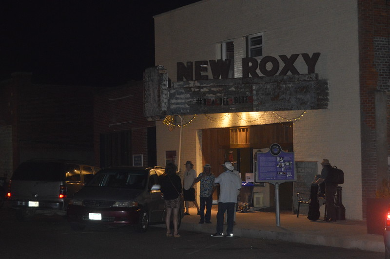 071 New Roxy.jpg