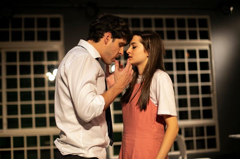 Allan Bravos - Celia Helena - O Beijo no Asfalto-1541.jpg