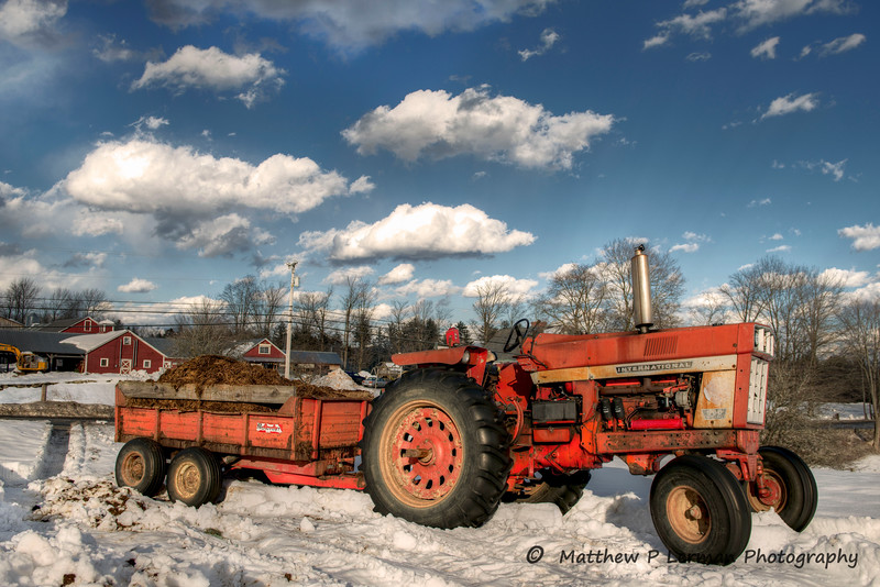 International Tractor with cart  Londonderry, VT  #555