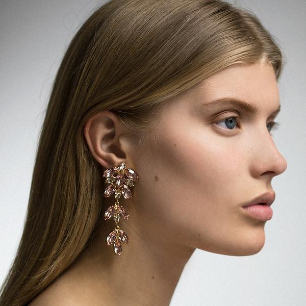 Nyx_Earrings_CarolineSvedbom_Swarovski.jpg