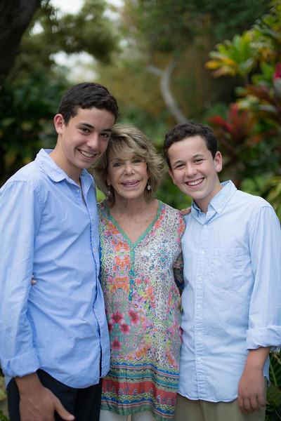 kauai-family-portraits-18.jpg