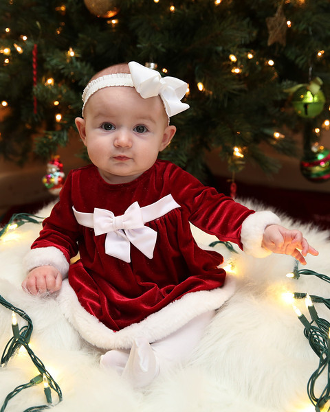 Olivia- 5 Months- Christmas Photos