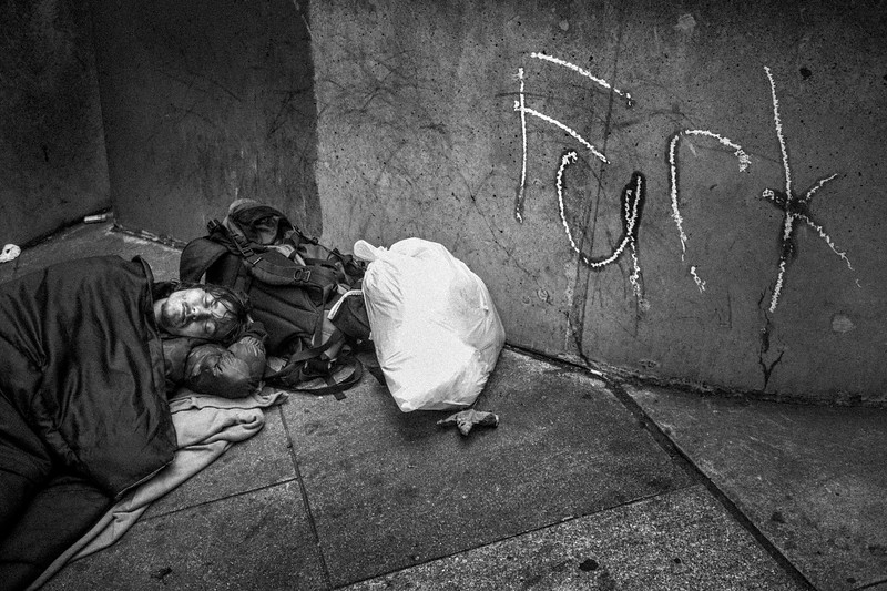 SLEEPING_HOMELESS_FUCK_SAN_FRANCISCO.jpg