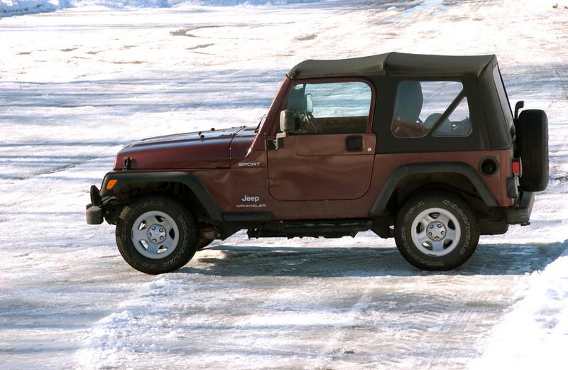 clip-015-jeep-wdsm-13dec07-1883.jpg