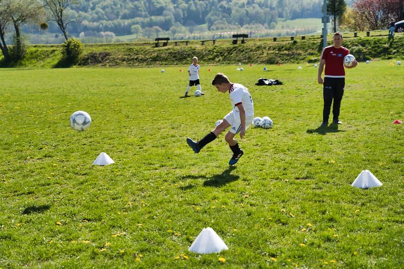 hsv-fussballschule---wochendendcamp-hannm-am-22-und-23042019-w-63_47677906382_o.jpg