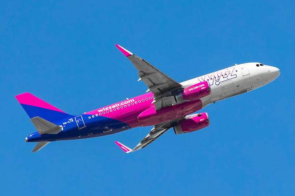 HA-LYZ - Airbus A320-232