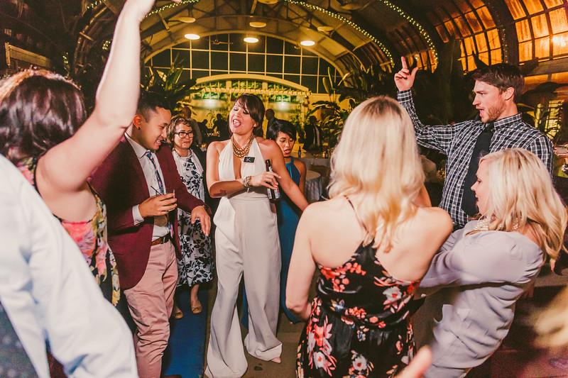 Garfieldpark-conservatory-wedding-184.jpg