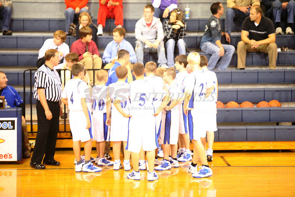 2010 CCMS 7th Basketball vs Lyon @ Home