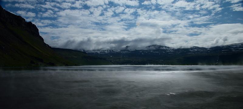 Horft inn í Hornvík.