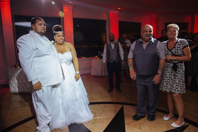 MER__1336_tonya_josh_new jerrsey wedding photography.jpg