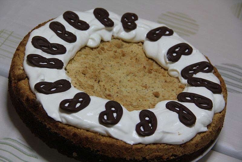 German Cooking Class February 8, 2012: Bananenkuchen mit Streusel