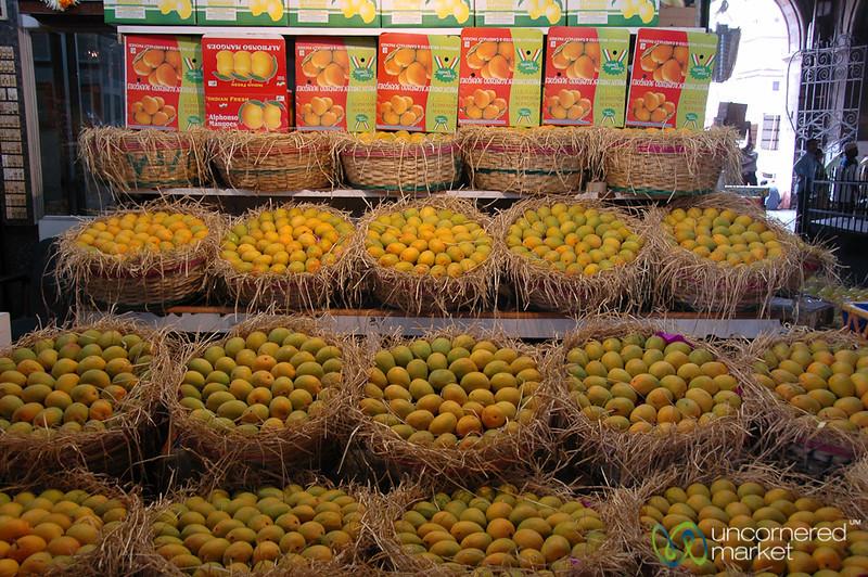 Alphonso Mango Season at Crawford Market - Mumbai, India
