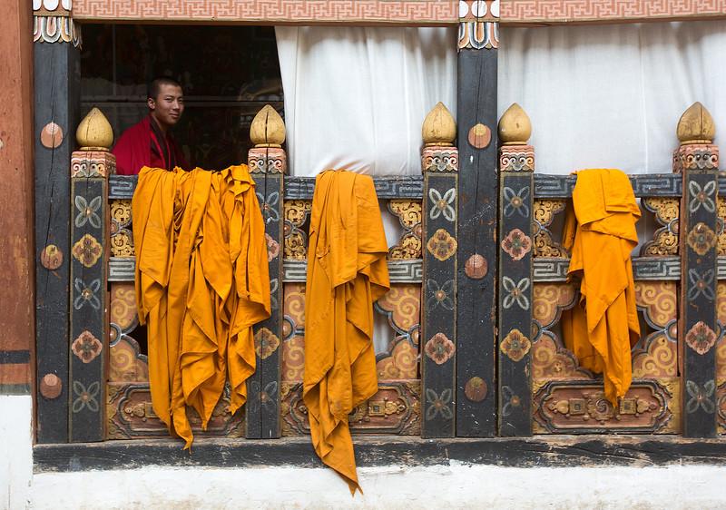 paro_zuri-dzong_rinpung-dzong_20120916_5696.jpg