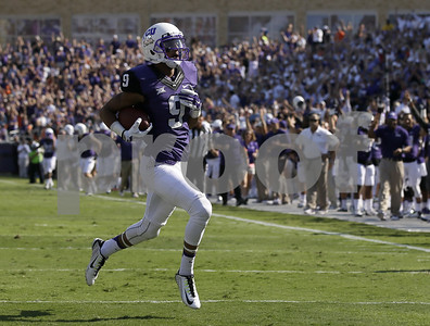 tcu-wr-josh-doctson-named-earl-campbell-tyler-rose-award-national-player-of-week