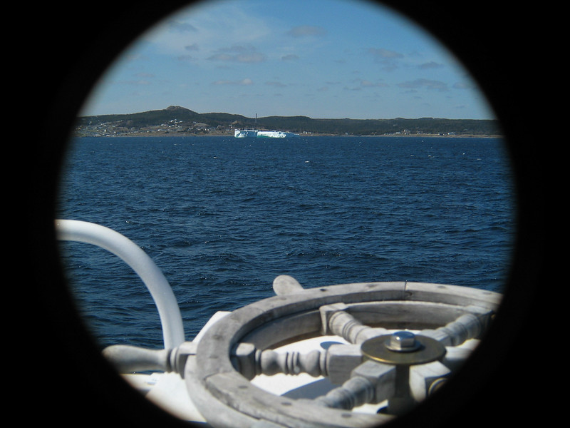Iceberg Ahoy!.jpg
