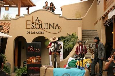 Mexitano Soundsystem at Esquina