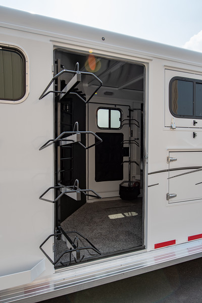 2019 TW Horse Trailers & Tack Rooms-89.jpg