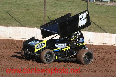052916 141 Speedway