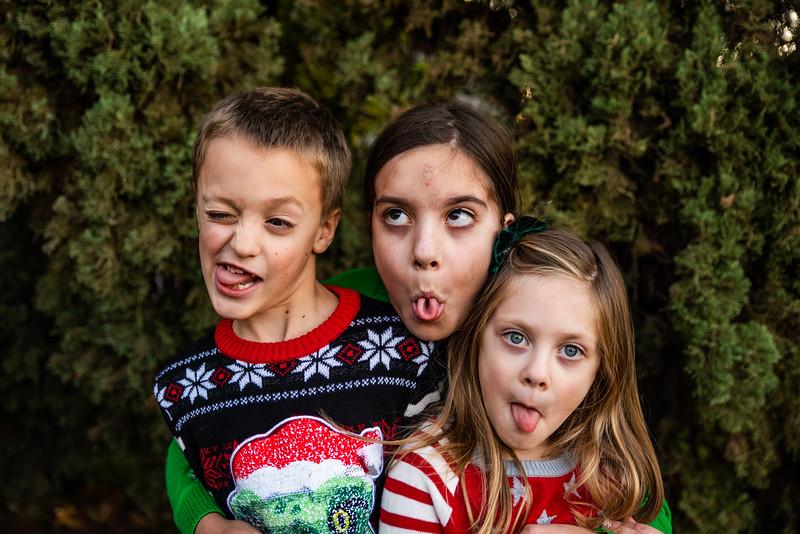 Christmas Sweater Cousins 2020-6787.jpg