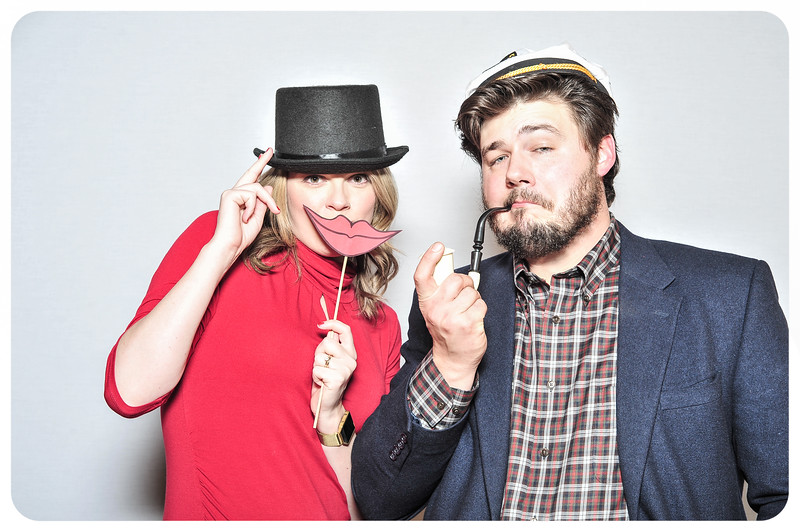 WDTN-TV-Holiday-Photobooth-54.jpg