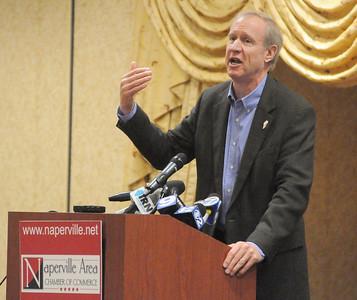 Bruce Rauner speaks to chamber