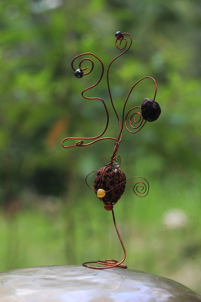 Om with Tamarind seed