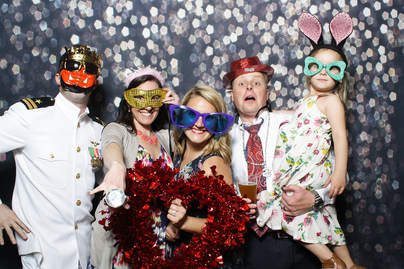 SavannahRyanWeddingPhotobooth-0024.jpg