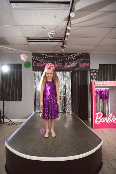 2020-0104-delaney-barbie-party-84.jpg