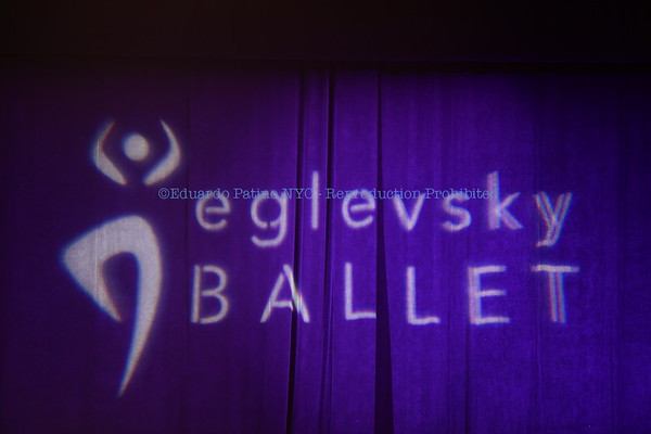 12-18-16 Eglevsky Ballet NUT 5pm Act 1