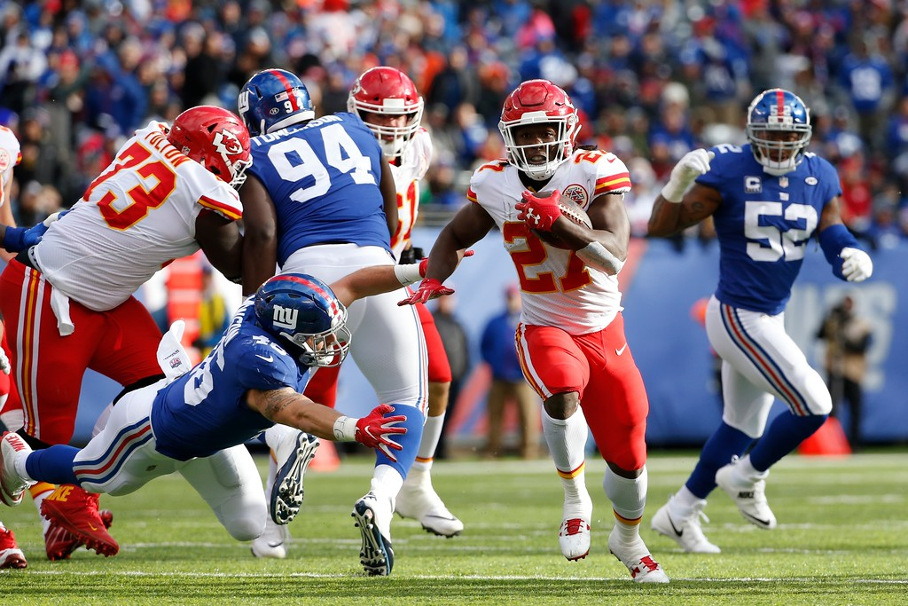 . Kansas City Chiefs running back Kareem Hunt (27) rushes during the first half of an NFL football game against the New York Giants Sunday, Nov. 19, 2017, in East Rutherford, N.J. (AP Photo/Kathy Willens)