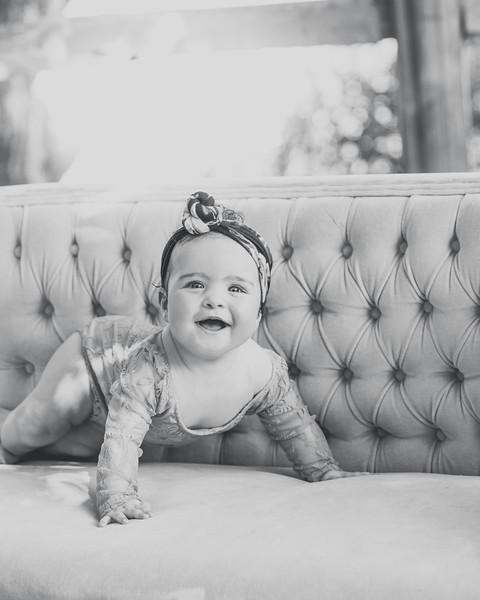 Penelope 6 months 031.jpg