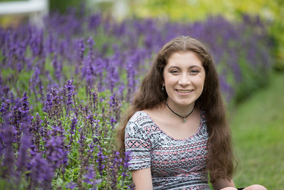 Amelia Brown High School Senior Portrait Photographer Photos- Outdoor Environmental Stanley Park Westfield, MA