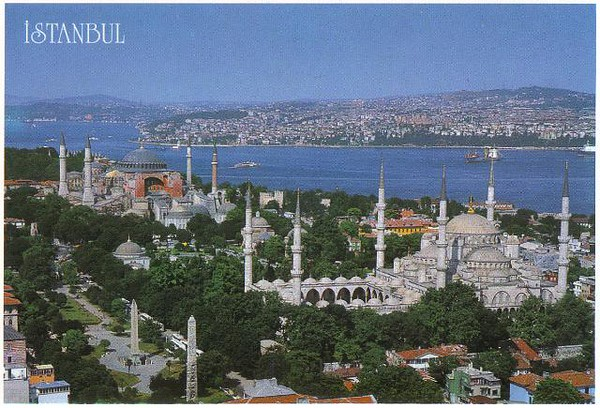 007_Sultanahmet_Blue_Mosque_Hagia_Sophia_and_Bosphorus.jpg