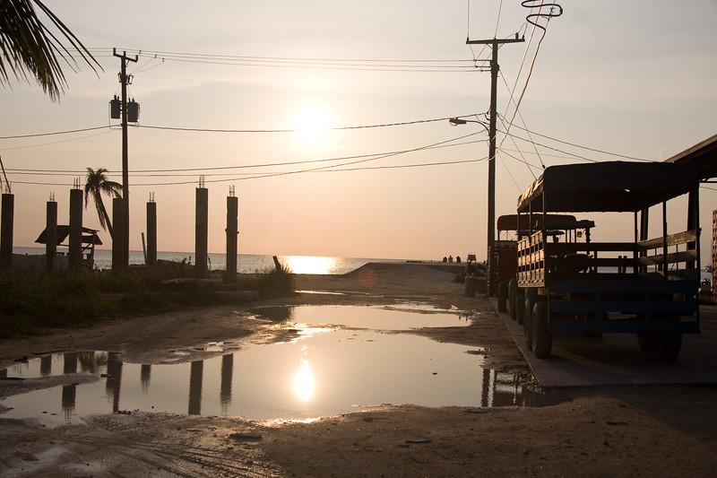 sunset-at-the-dock_4609094160_o.jpg
