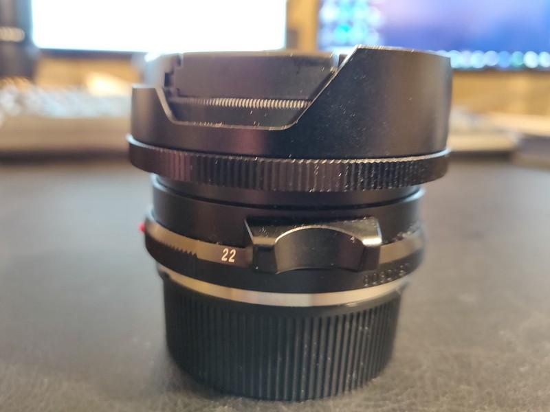 Voigtländer 15mm 4.5 M ASPH coupled - Serial 8030197 003.jpg