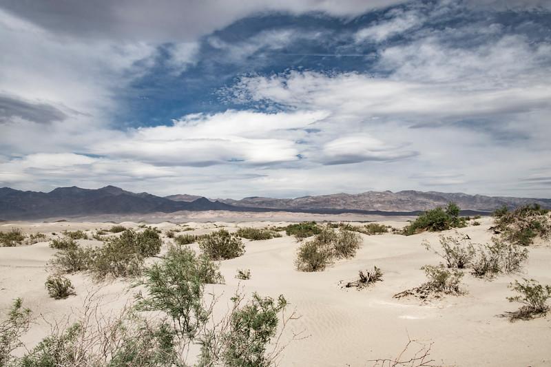 Death-Valley-Sand-dunes-Spring2017-rjduff.jpg