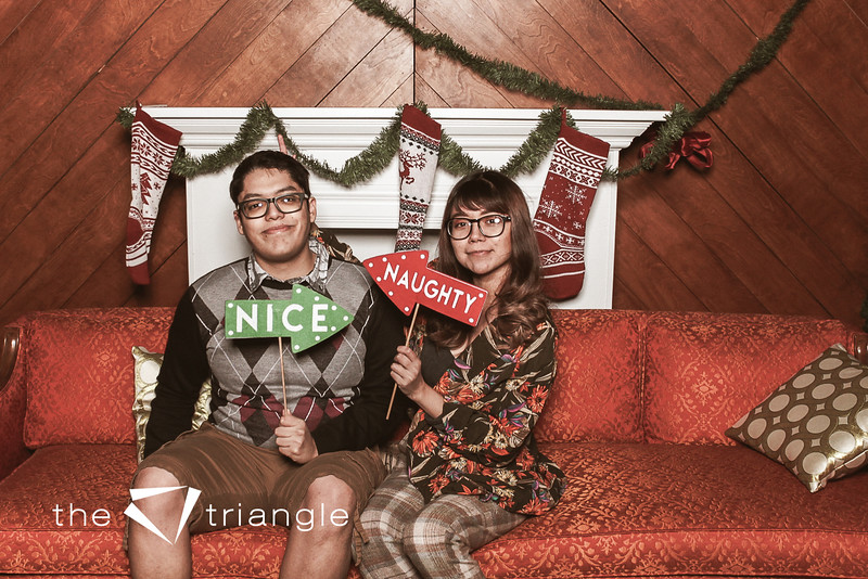 awkward-family-photo-booth-147.jpg