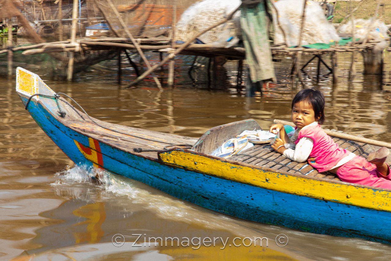 Little Girl, Floating City, Cambodia