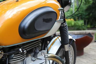 Triumph TR6SR
