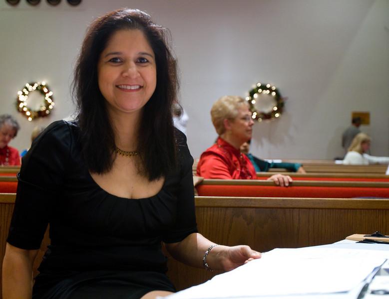 The Lovely Marlene Fernandez, accompanist.