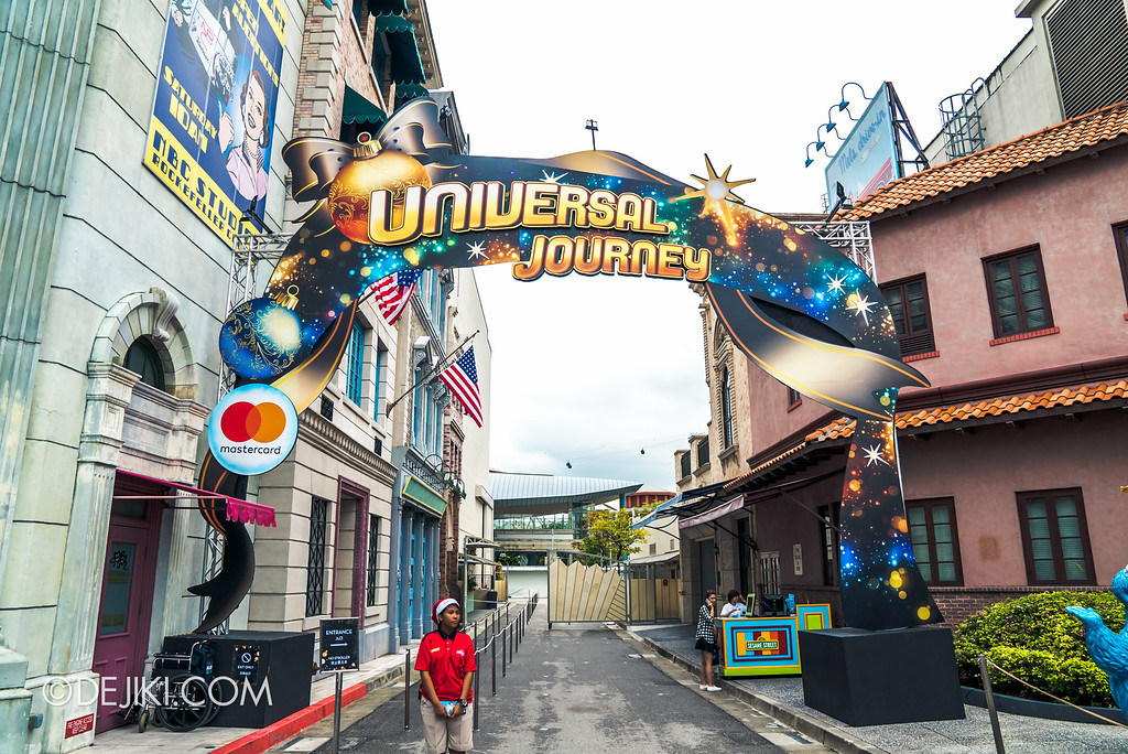 Universal Studios Singapore December Park Update - Santa's All Star Christmas 2016 / Universal Journey entrance