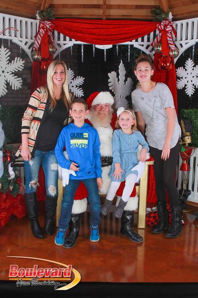 Santa 12-10-16-155.jpg