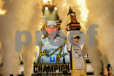 lee-a-25yearold-former-college-angler-wins-bassmaster-classic