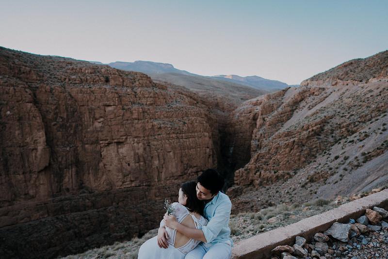 Tu-Nguyen-Destination-Wedding-Photographer-Morocco-Videographer-Sahara-Elopement-237.jpg