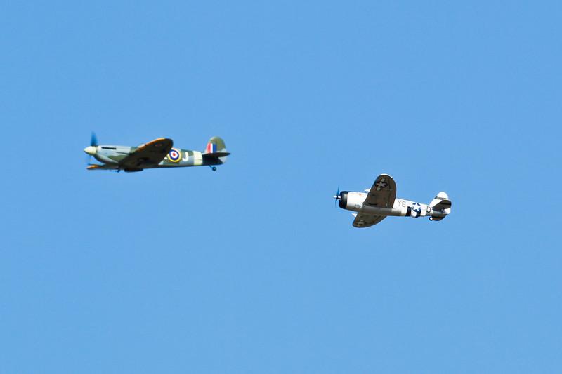SpitfireIX&Jug_04.jpg