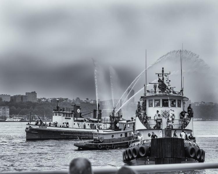 2013TugboatRaceAndFestival-3