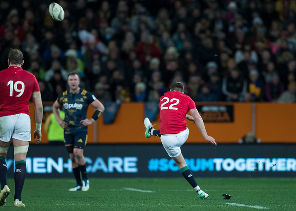 Owen Farrell, during game 4 of the British and Irish Lions 2017 Tour of New Zealand,The match between  Highlanders and British and Irish Lions, Forsyth Barr Stadium, Dunedin, Tuesday 13th June 2017 (Photo by Kevin Booth Steve Haag Sports)  Images for social media must have consent from Steve Haag