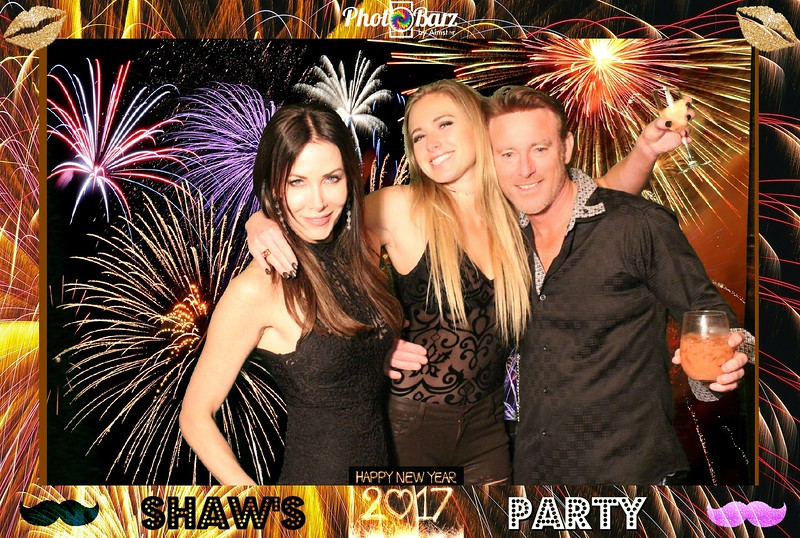 Shaws NYDay Party (33).jpg