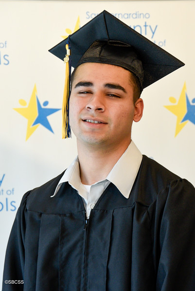 20190614_SSGradPortraits-73.jpg