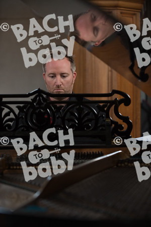 ©Bach to Baby 2017_Stuart Castle_Dartford_20170913 (16 of 36).jpg